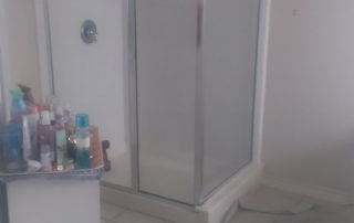 6589 Deborah Hayes Shower Before Pic 1 Installer Olvan