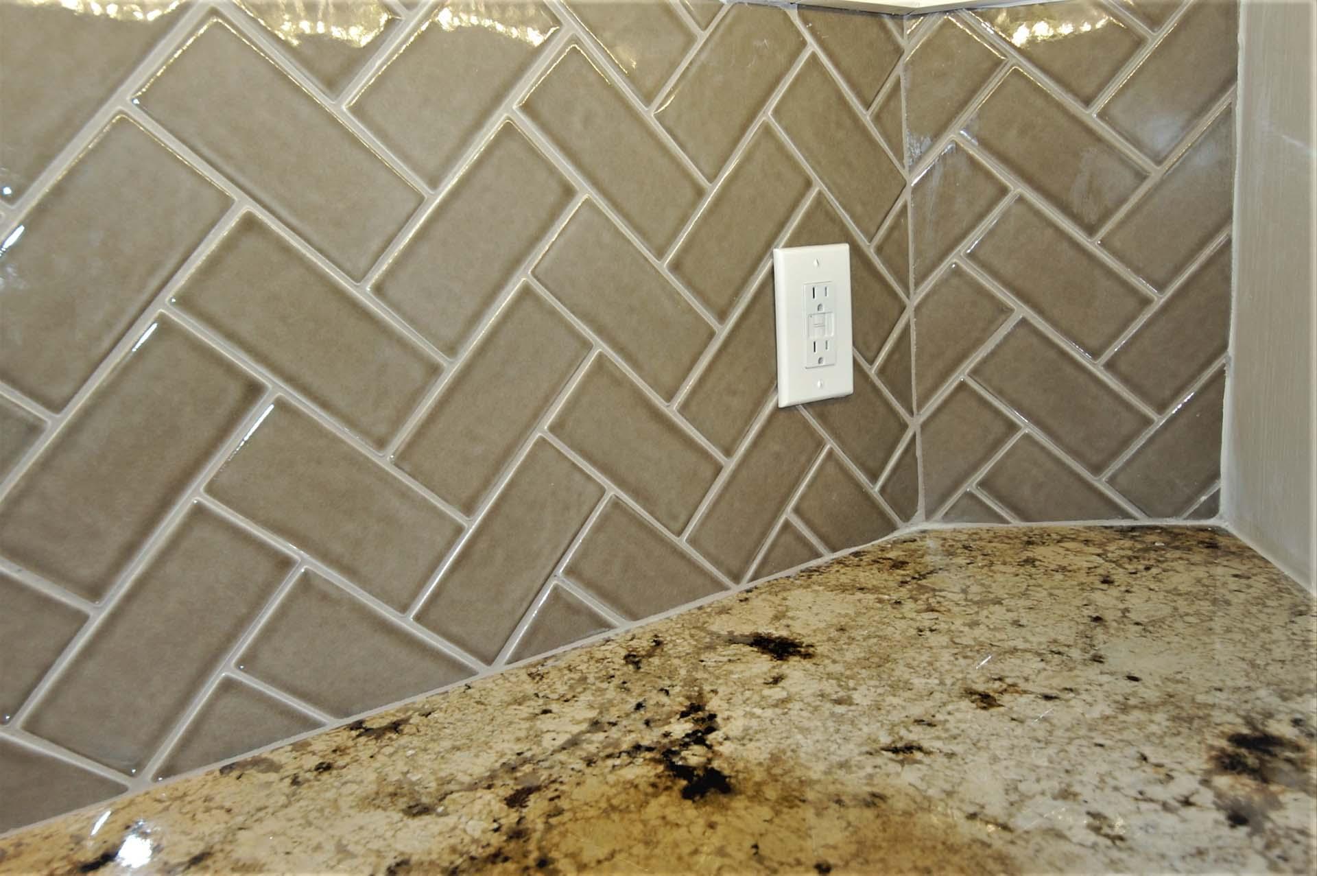 Kitchen Bksplash herringbone pattern corner